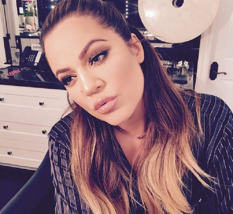 Khloe Reveals Her Baby Girls Name & Posts First Photo Since Giving Birth
