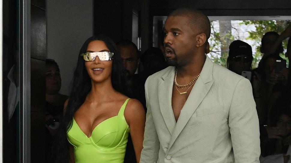 Kim Kardashian Leaves TMI Comment On Kanye#8217;s Instagram #038; People Are Loving It